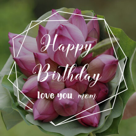 Free Happy Birthday Image For Mom With Flowers - birthdayimg.com